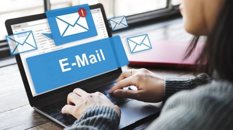 Cara setting layanan email bawaan hosting di Outlook